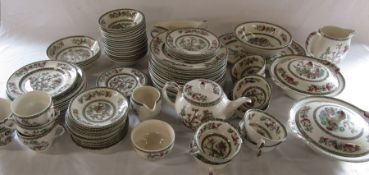 Large quantity of Johnson Bros Indian Tree pattern part dinner service