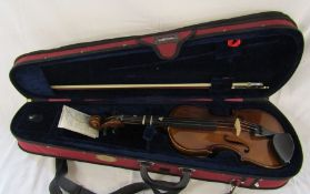 Stentor 3/4 student violin with bow and case