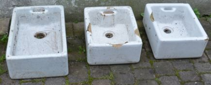 3 Belfast sinks (af)