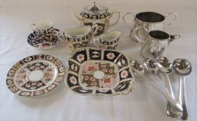 Selection of imari pattern ceramics inc Crown Derby cup, saucer and dish & silver plated spoons etc