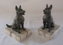Pair of bronze Alsatian book ends on marble bases L 11 cm H 13 cm