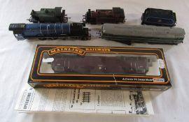 Model railway interest - Palitoy 00 gauge model type 4 B-B diesel hydraulic locomotive B.R maroon,