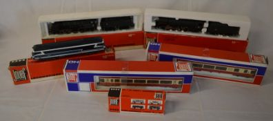 3 boxed Jouef locomotives, 2 carriages & a wagon