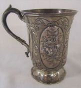 Victorian silver tankard decorated with flower panels London 1860 H 13 cm weight 7.10 ozt