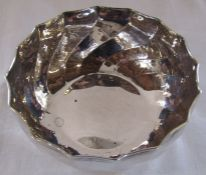 Continental silver hammered bowl (possibly Italian) D 14 cm H 6 cm weight 5.41 ozt