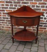 Mahogany corner occasional table with false drawer H 93 cm L 76 cm