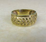 9ct gold ring size S weight 3.2 g