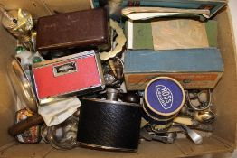 Selection of mixed small collectables