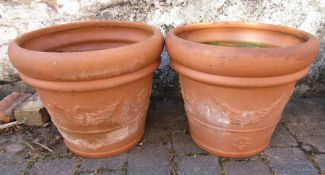 Pair of large terracotta planters H 40 cm