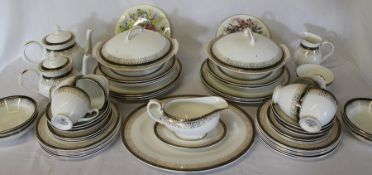"""Royal Grafton part tea / dinner service """"Majestic"""" pattern , approx. 58 pieces & 2 """"Flowers of the"""