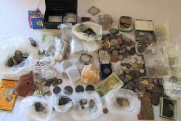 Large quantity of GB and world coins inc crowns, George III, US half dollar etc