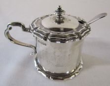 Victorian silver mustard pot with blue glass liner Sheffield 1900 weight 3.74 and plated spoon