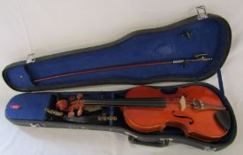 Full size Stentor student violin with Kun and Lark shoulder rests, complete with case and bow (bow