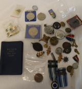 Selection of old pin badges, modern Golly badges, Butlins badge, 2 x 1939-45 service medals,