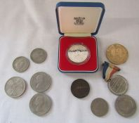 Various coins inc Royal Mint Silver Jubilee silver proof crown