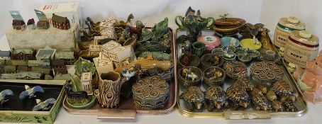Large selection of Wade including Frankie Vaughan trinket box, Natwest Woody pig & Whimsey-on-Why