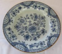 18th century Delft charger with painted blue flowers c.1760 D 35 cm
