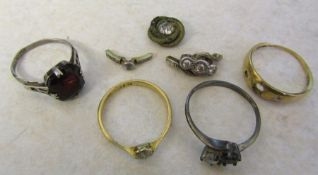 Small quantity of scrap jewellery inc 9ct and 18ct gold, silver and small diamonds
