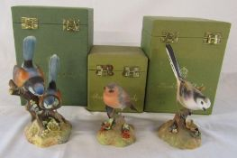 3 boxed Royal Crown Derby birds - robin H 10 cm signed Freestone, Fairy wrens H 17 cm signed M.E.T