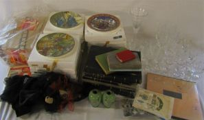 3 boxes of assorted items inc  Royal Worcester and Wedgwood collectors plates - Wind in the