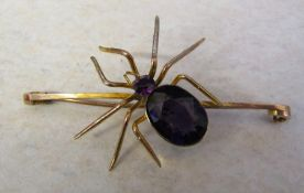 9ct gold spider brooch with amethyst stones L 6.5 cm total weight 7.3 g