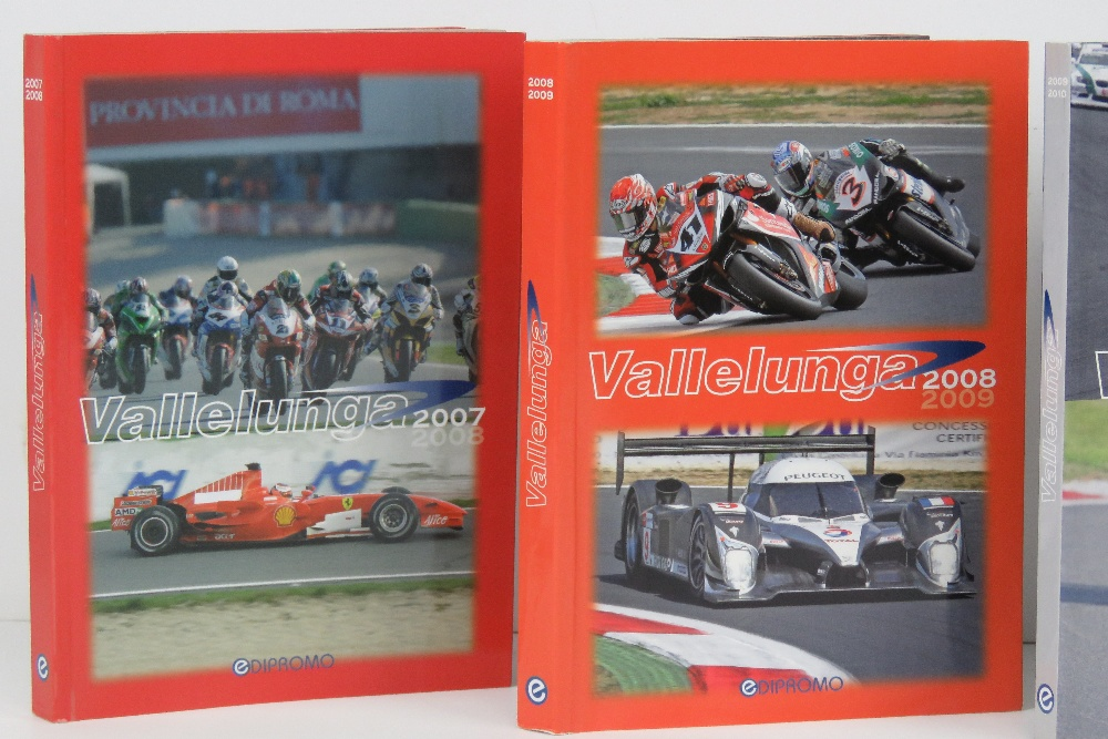 Vallelunga. 2007/8, 2008/9, 2009/10, and 2010/11 editions. Italian text softback books. - Image 2 of 3