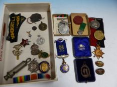 A BOX OF WWI AND WW2 MEDALS FURTHER MILITARY CAP BADGES RAOB JEWELS ETC.