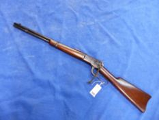RIFLE (FAC REQUIRED) A WINCHESTER .25-20 WCF MODEL 1892 LEVER ACTION SERIAL NUMBER 443061 ( ST.NO.