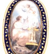 AN ANTIQUE GEORGIAN OVAL MOURNING / MEMORIAL BROOCH, DEPICTING A MAIDEN WITH HARP PLAYING NEXT TO