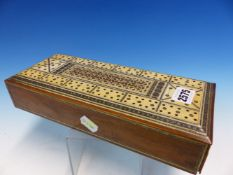 AN INDIAN SANDALWOOD BOX, THE RECTANGULAR TOP IVORY MOUNTED WITH A BEZIQUE MARKER WITHIN AN INLAID