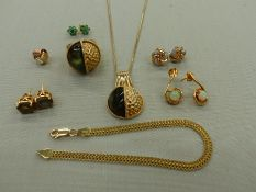 A SILVER GILT PENDANT AND RING SET FINGER SIZE L, TOGETHER WITH FOUR PAIRS OF SILVER GILT STONE