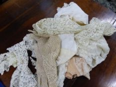 A SMALL COLLECTION OF ANTIQUE AND OTHER LACEWORK, INCLUDES COLLARS, GLOVES ETC.