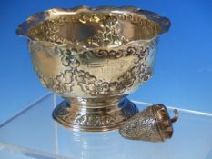 A HALLMARKED SILVER LOW PEDESTAL DISH WITH FLUTED RIM, ENGRAVING TO FRONT AND REVERSE 1899,