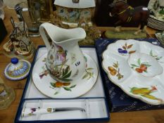 A ROYAL WORCESTER CHEESE PLATE AND KNIFE, A CONDIMENT TRAY, DAVID WINTER COTTAGES, COUNTRY ARTIST
