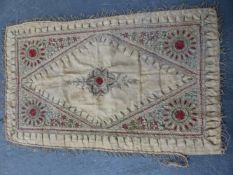 A COLLECTION OF ANTIQUE AND OTHER LINENS, EMBROIDERED TEXTILES, LACE ETC.
