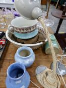 A VINTAGE FLEXIBLE DESK LAMP, VASES, A WASH BOWL ETC.
