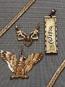 14ct JEWELLERY TO INCLUDE A GOLDEN EAGLE PENDANT, A CARTOUCHE NAMED HELGA, A TRIPLE HEART PENDANT