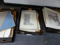 A QUANTITY OF 19th C. PRINTS AND PICTURES.