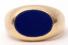14K stamped gent's signet ring, featuring an oval shaped lapis lazuli panel, size Q, gross weight