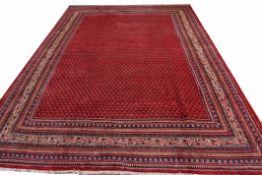 Good quality modern Araak carpet, 3.53 x 2.51m