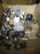 BOX CONTAINING VICTORIAN AND LATER FURNITURE KNOBS