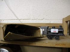 VINTAGE TIN PLATE PART TRAIN SET AND ENGINE