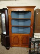 LARGE PINE AND PAINTED INTERIOR FLOOR STANDING CORNER CUPBOARD WITH TWO FIXED SHELVES OVER TWO