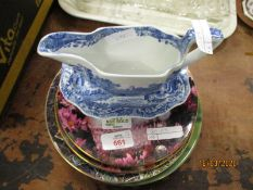MIXED LOT OF PLATES, SPODE ITALIAN GRAVY BOAT AND STAND