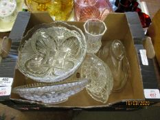 BOX OF GLASS JELLY MOULD, GLASS DISHES ETC