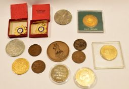 Box containing various vintage medallions etc