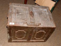 Heavy metal safe 46 x 31 x 31cm. No Key.