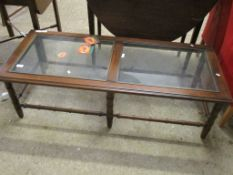 Glass-top mahogany Coffee Table, approx 127 x 34cm