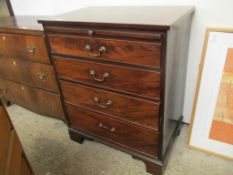 Nicely proportioned Georgian chest of Drawers, with brushing slide, raised on bracket feet, width