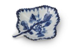 18th century Lowestoft porcelain pickle dish with a floral design within berry border, 10cm long